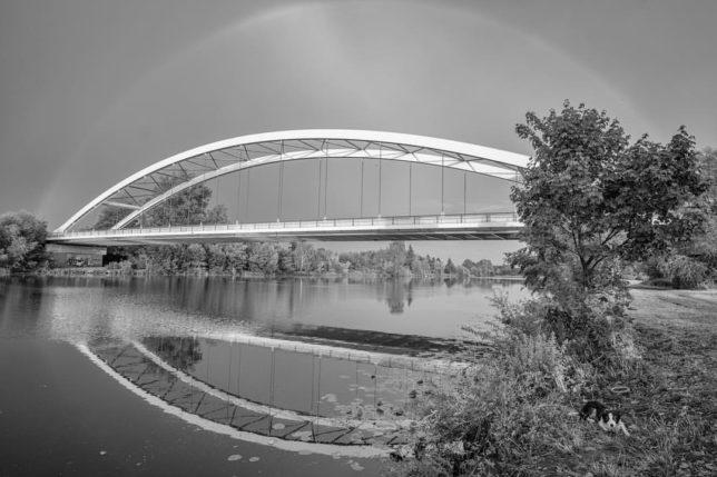 #lysanadlabem #dogtrip #bordercollie #borderkolie #bordercollieannie #ilovebordercollies #fujilove #amolafotografia? #fujifilm #fujilove #fujixt2 #samyang12mm #rainbow #labe #czechrepublic #fujifoto (@petrhruska)